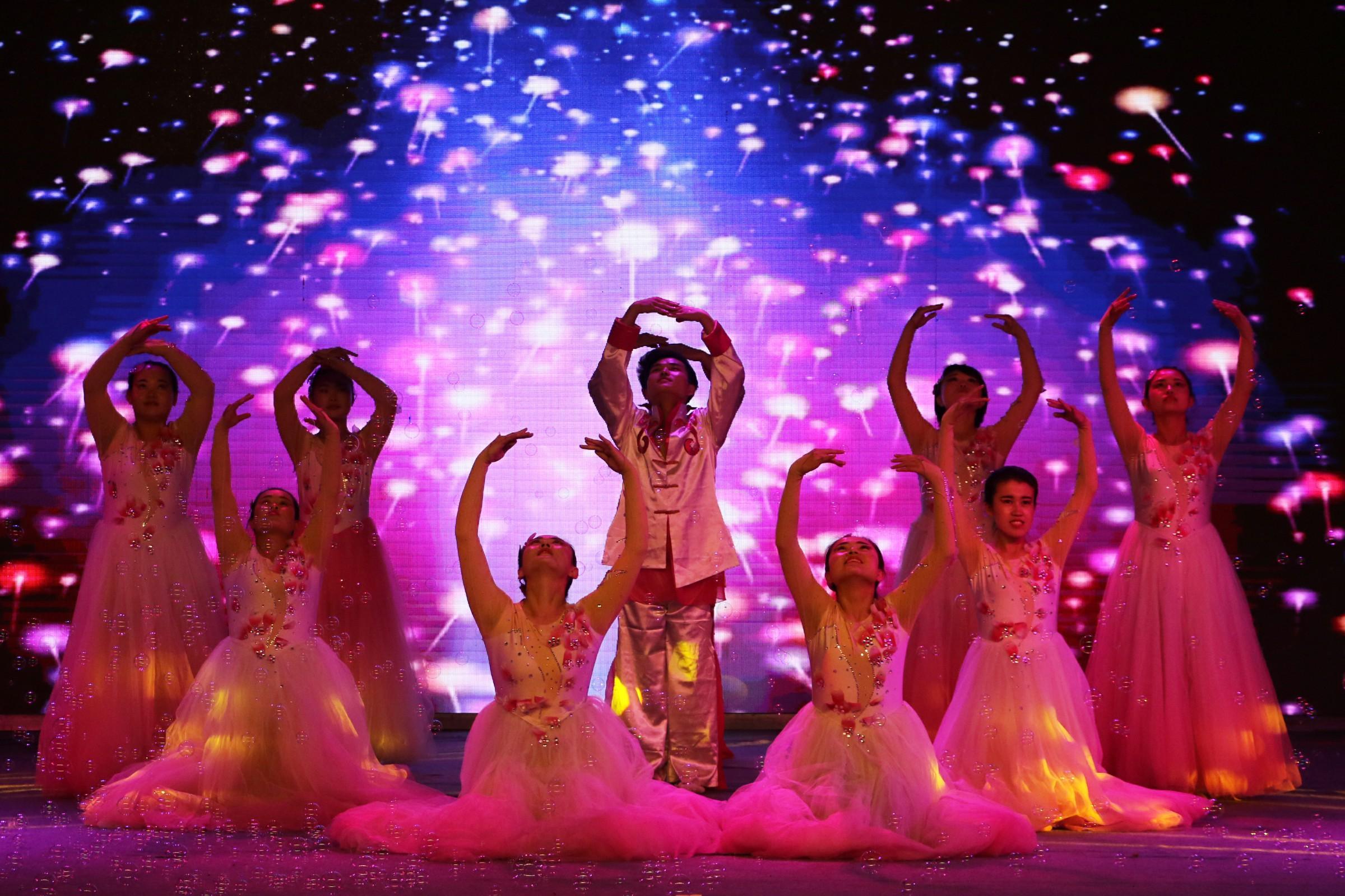 5-舞蹈《生命密码》.jpg